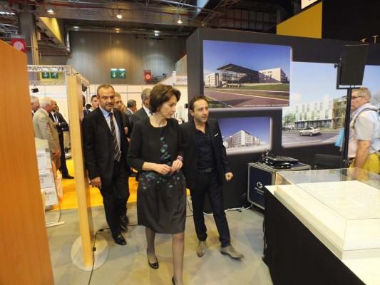 Marisol Touraine, Ministre de la Santé, visite le Village des Architectes